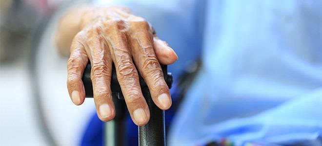 Προσαύξηση λόγω απόλυτης αναπηρίας με σκοπό την συνεχή επίβλεψη και συμπαράσταση ετέρου προσώπου